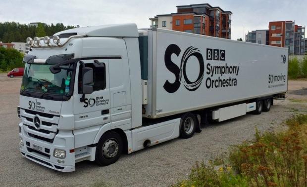 BBC:n sinfoniaorkesterin keikkabussi