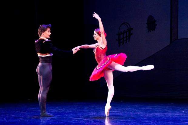 15.6.2015 Kuopio tanssii ja soi. Les ballets trocadero de monte carlo.