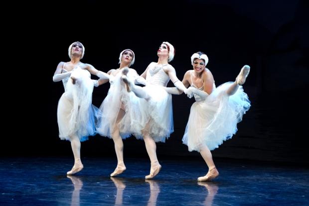 Les ballets trocadero de monte carlo. Kuva: Petri Laitinen, Kuopio tanssii ja soi.