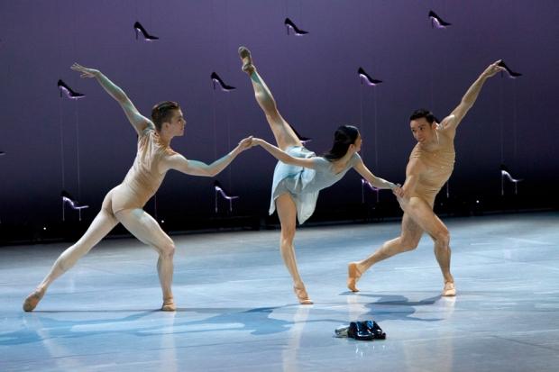19.6.2016 Kuopio tassii ja soi. Malandain ballet biarritz, Tuhkimo.