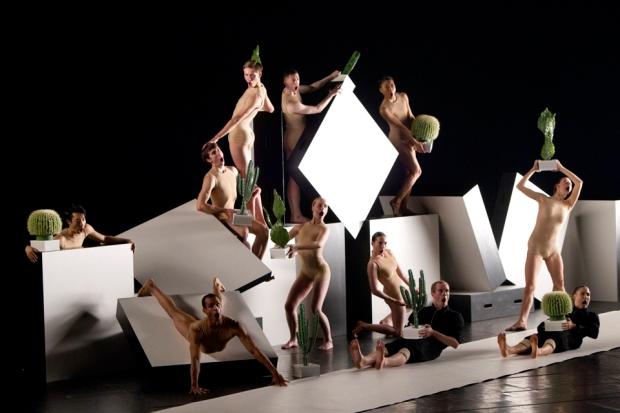 Nederlands Dans Theatre 2: cacti (Kuva: Kuopio tanssii ja soi/Petri Laitinen)