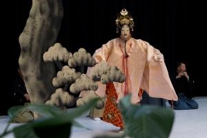Yamamoto Nohgakudo Theater: Hagoromo. Kuva: Kuopio tanssii ja soi/Petri Laitinen