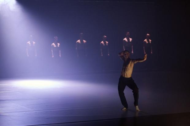 Sydney Dance Company: ab [intra]. Kuva: Petri Laitinen