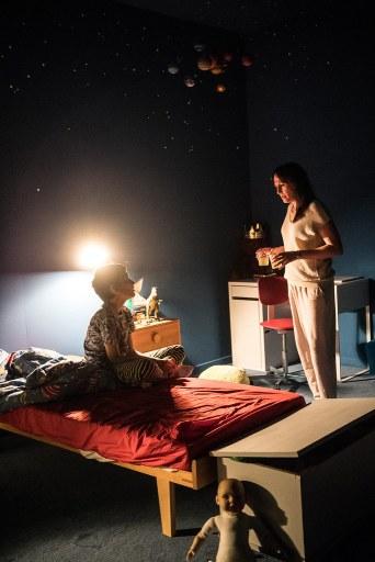 Medea. Kuvassa Itamar Mangold, Barbara Horvath. Kuva: Sandra Then.